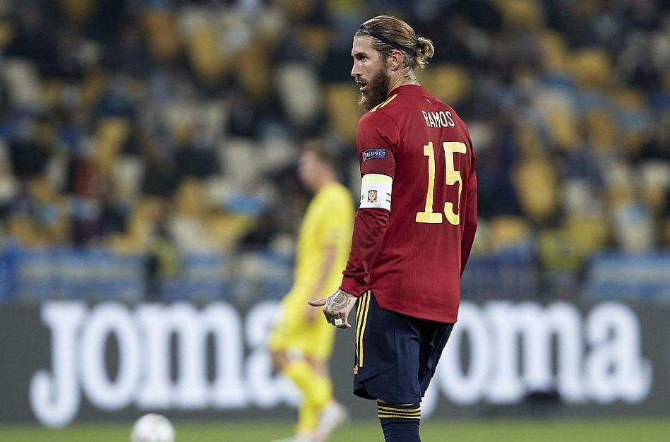欧国联爆冷门!舍瓦率乌克兰主场1比0力挫西班牙男足,拉莫斯落寞