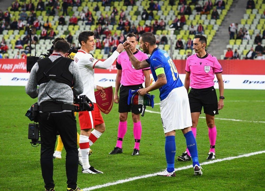 今天凌晨的欧国联,波兰0-0战平意大利,莱万踢了82分钟