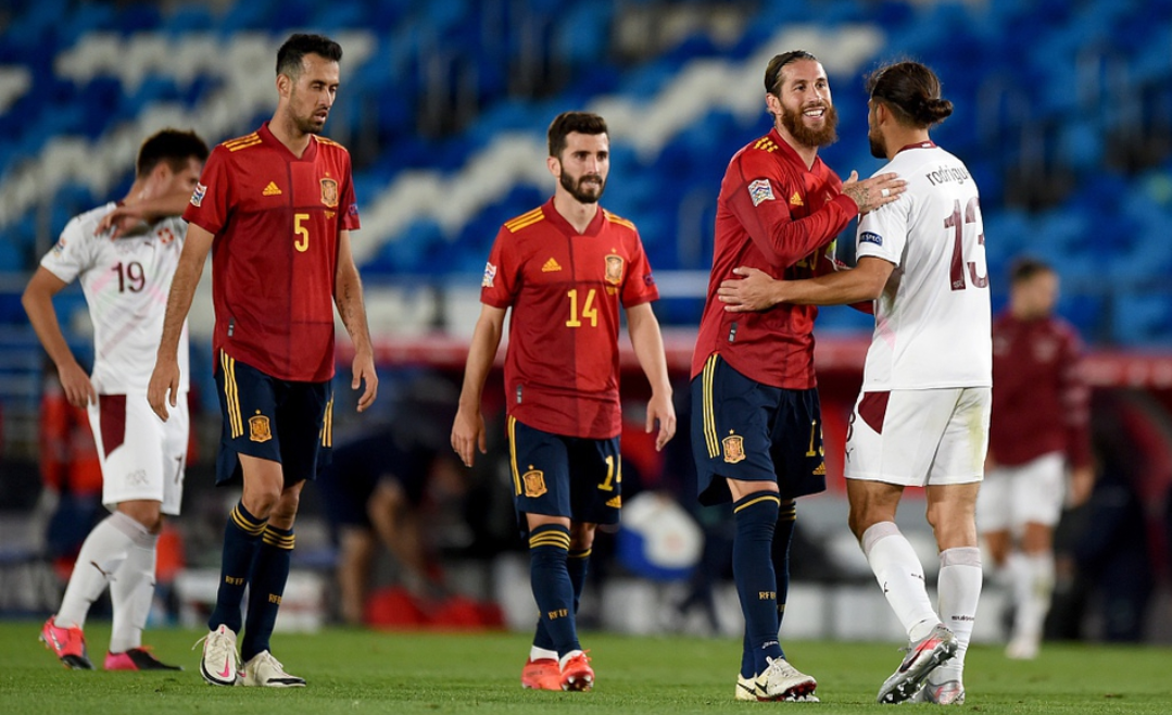 欧国联第三轮西班牙1:0瑞士,奥亚萨瓦尔打进全场唯一进球-4