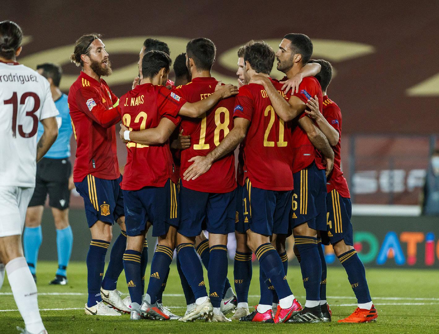 欧国联第三轮西班牙1:0瑞士,奥亚萨瓦尔打进全场唯一进球-7