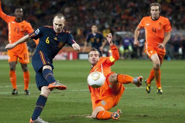 世界杯西班牙对荷兰谁更