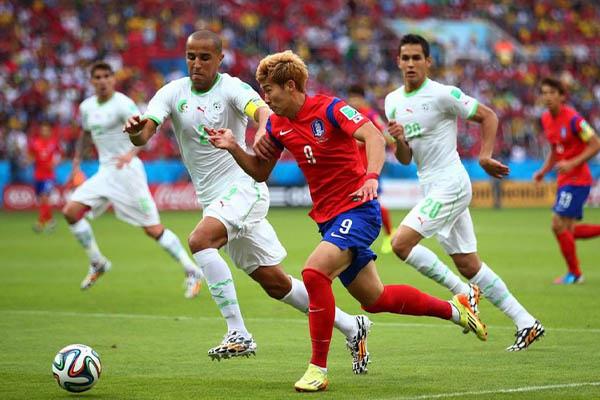 世界杯韩国队表现如何?世界杯韩国队和日本队谁更厉害?