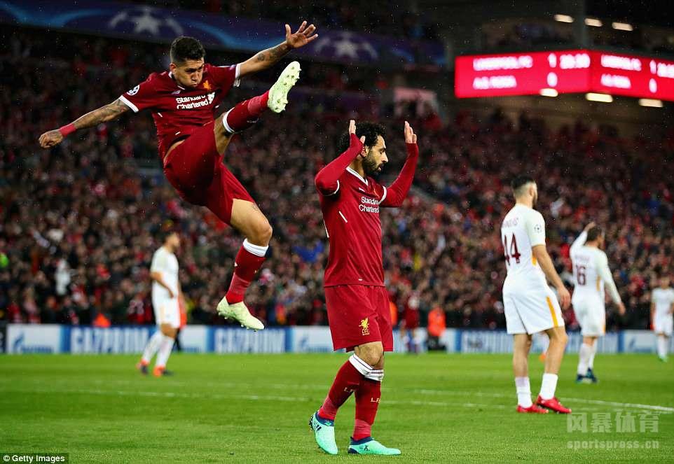 欧冠半决赛首回合先赛1场,利物浦主场5比2击败罗马。张伯伦受伤下场,萨拉赫面对旧主梅开二度,此外还有两次助攻。菲尔米诺同样2射2传,马内也打进1球。比赛尾声阶段,哲科和佩罗蒂为罗马连追两球。