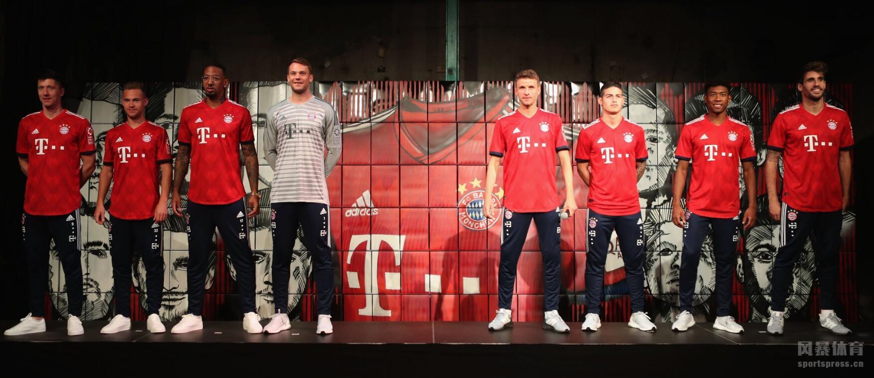 拜仁慕尼黑发布18/19赛季主场球衣