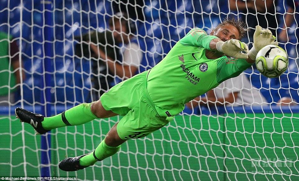 国际冠军杯欧洲赛区,切尔西对战里昂,常规时间战成0-0,点球大战中阿扎尔制胜球,蓝军5-4获胜。
