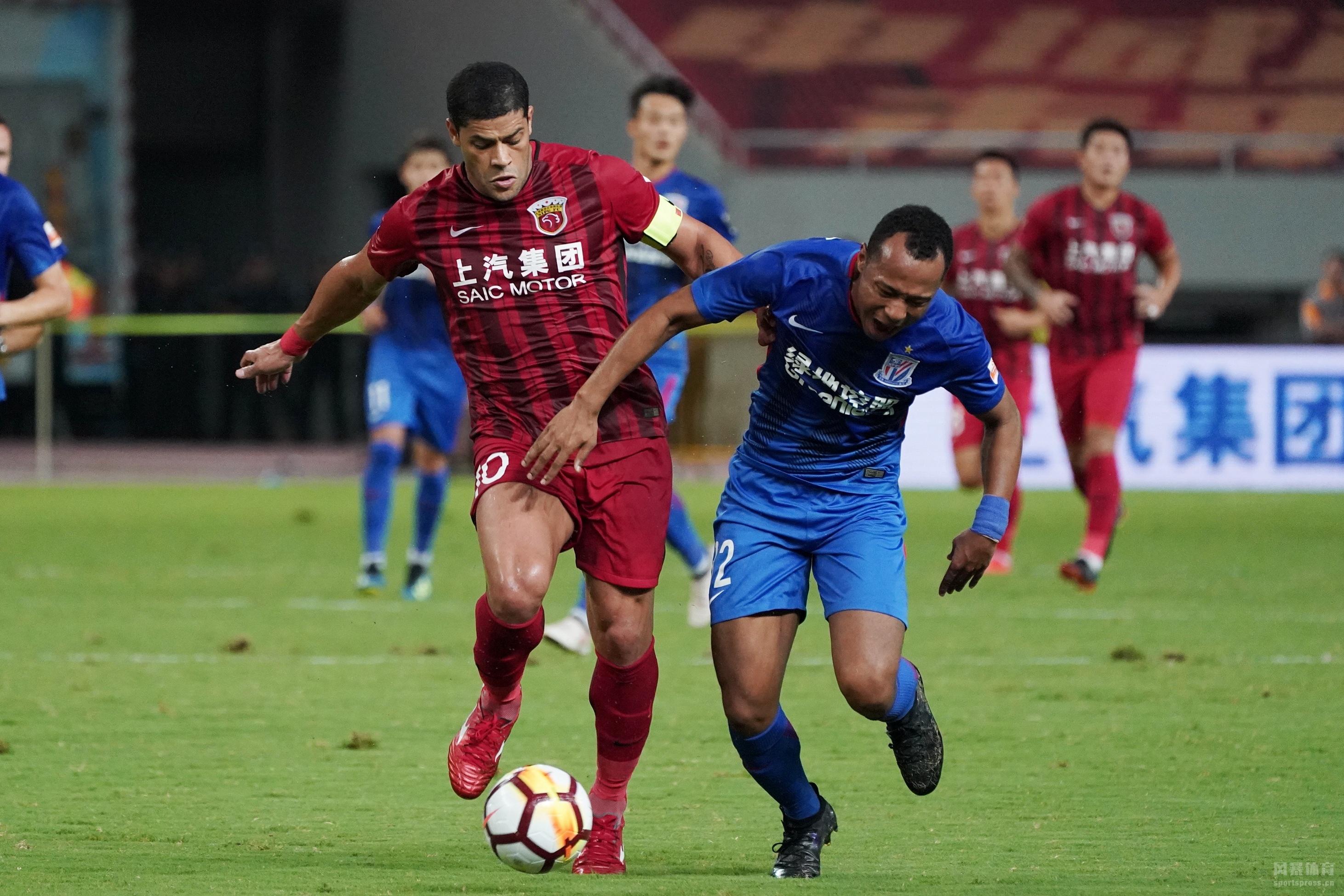 中超-武磊加冕中超射手王胡尔克点射 上港2-0胜申花