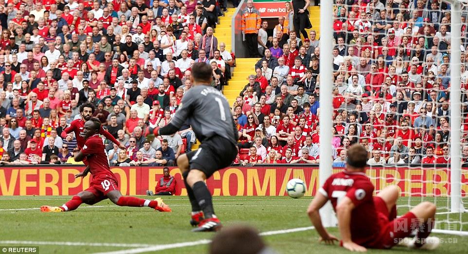 英超 利物浦4-0西汉姆联 马内梅开二度 萨拉赫斯图建功