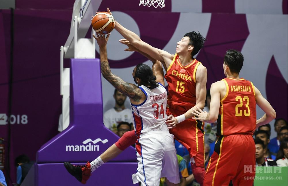 亚运会:中国82-80菲律宾 周琦25分12篮板7盖帽