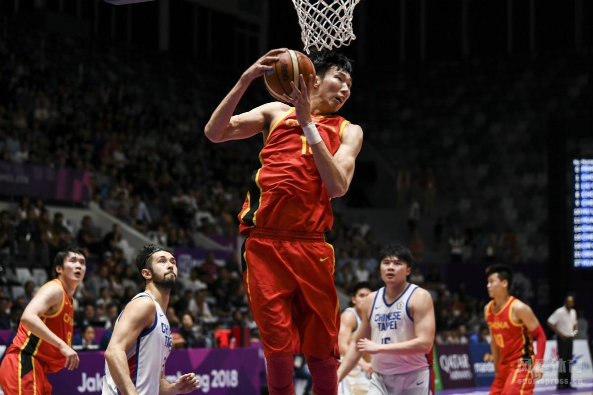 2018雅加达亚运会男篮半决赛:中国86-63中国台