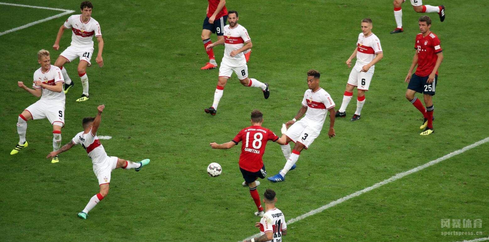 德甲-新援首球莱万穆勒传射 拜仁3-0斯图加特