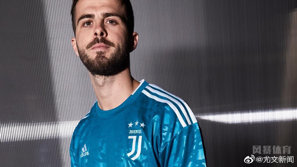 尤文19/20赛季第二客场球衣正式发布