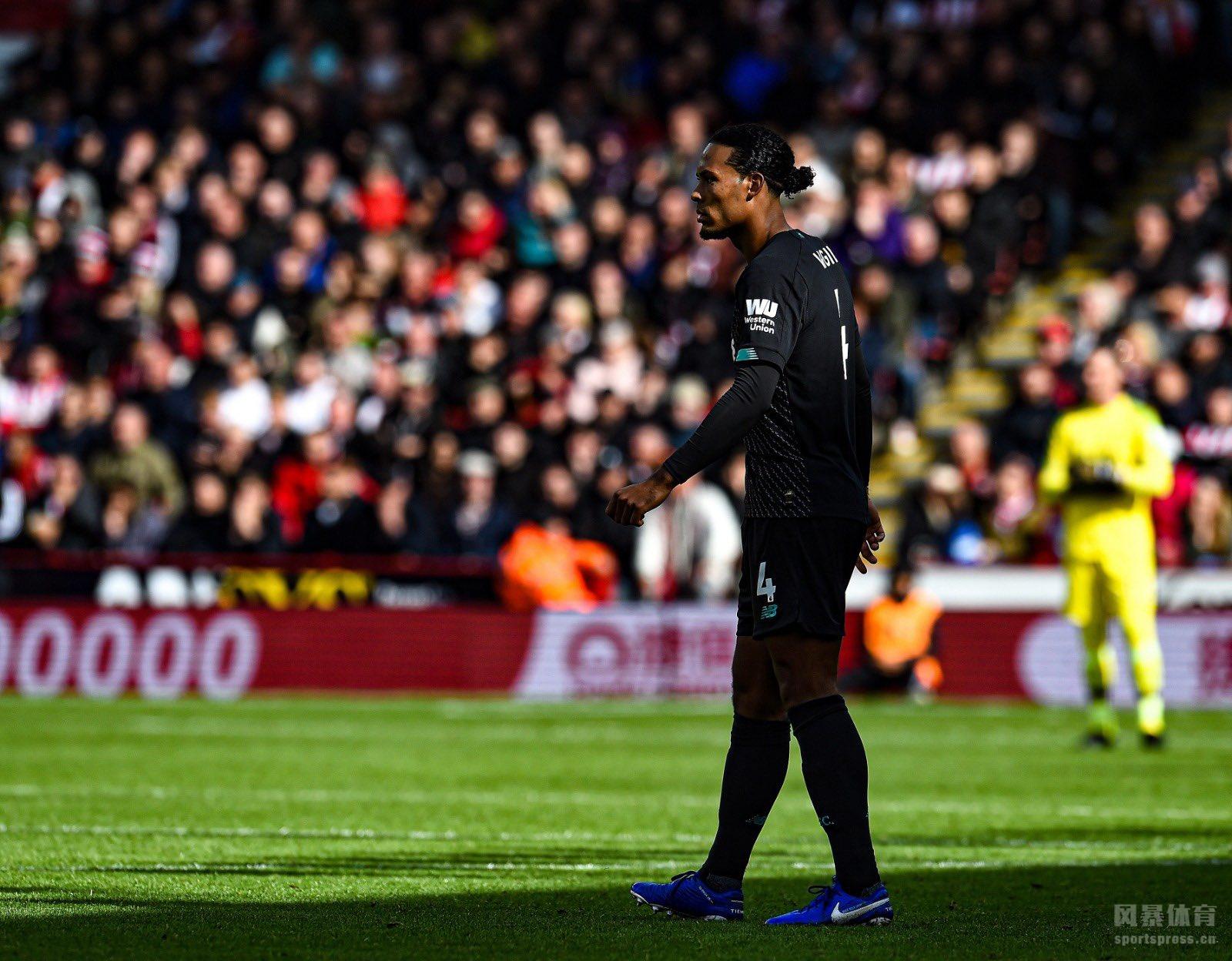 北京时间9月28日晚19点30分,2019-20赛季英超第7轮在布拉莫巷体育场展开角逐,利物浦客场挑战谢菲尔德联。上半场马内失单刀后中柱,下半场维纳尔杜姆打破僵局,萨拉赫失单刀。最终利物浦客场1-0战胜谢菲尔德联,红军豪取联赛7连胜,跨赛季16连胜。
