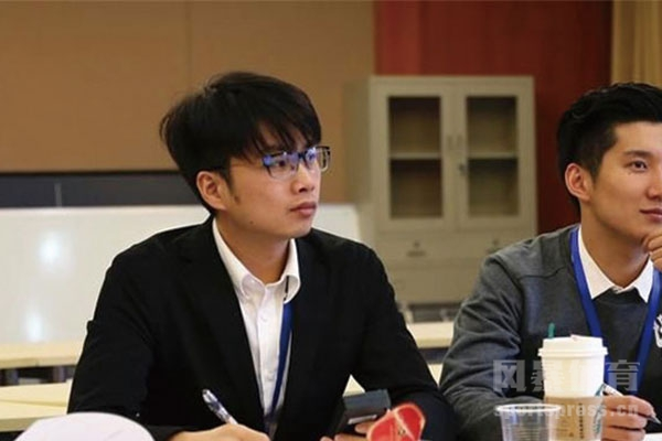 李晓峰退役