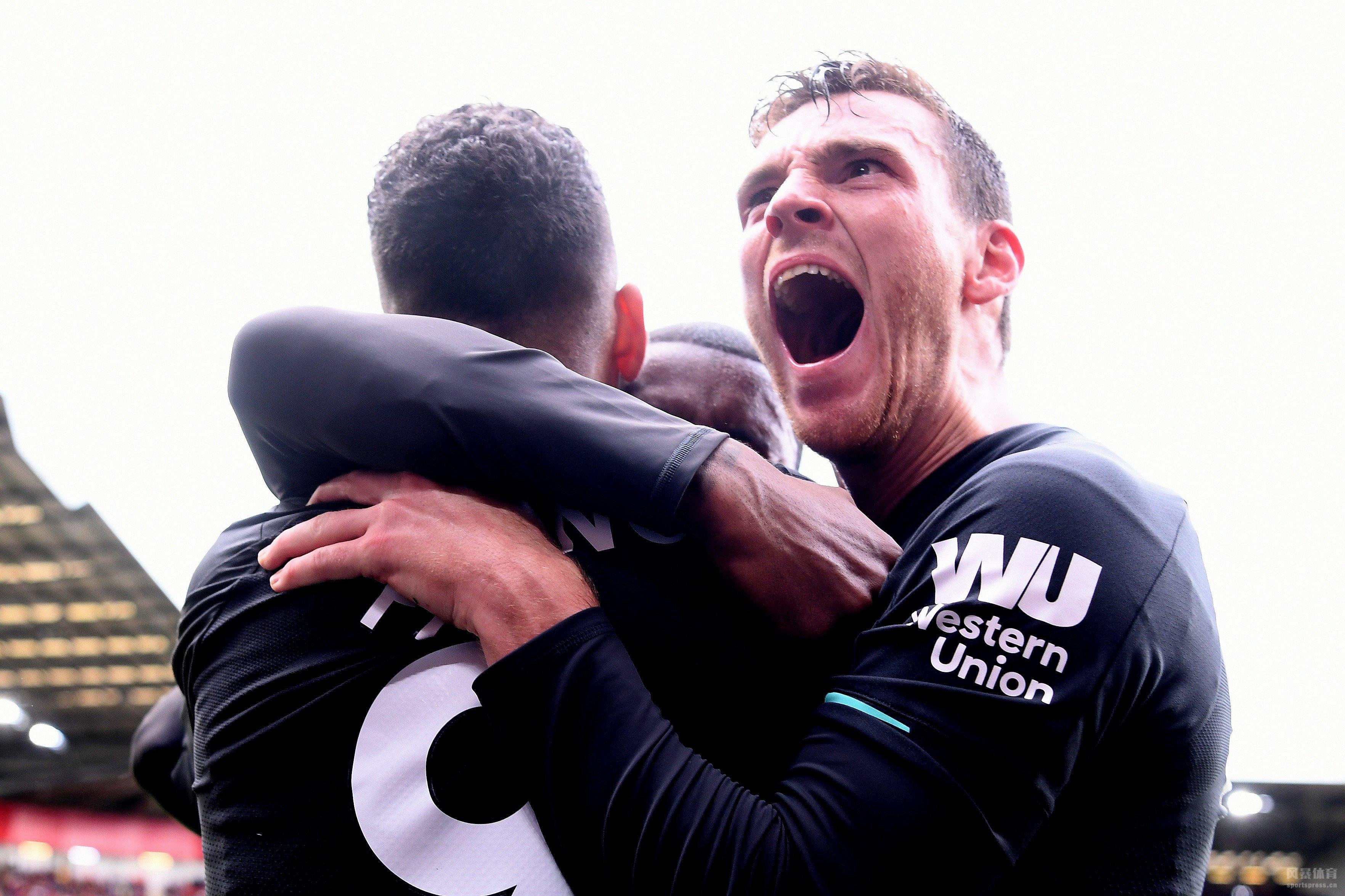 英超第7轮:维纳尔杜姆破门 利物浦豪取7连胜