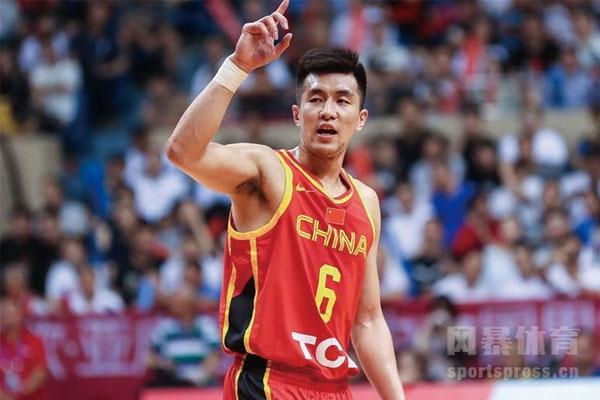 郭艾伦是亚洲第一控卫吗?国际篮联祝第一控卫郭艾伦生日快乐