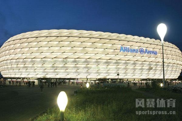 拜仁慕尼黑球员名单里还有穆勒吗?拜仁慕尼黑主场在哪个城市?