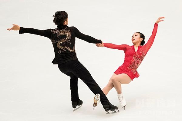 <b>中国花样滑冰队著名夫妻档都有谁?申雪赵宏博是两口子吗?</b>