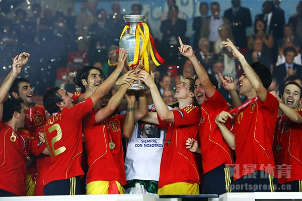 08年欧洲杯决赛双方都有谁?08年欧洲杯西班牙有多强?