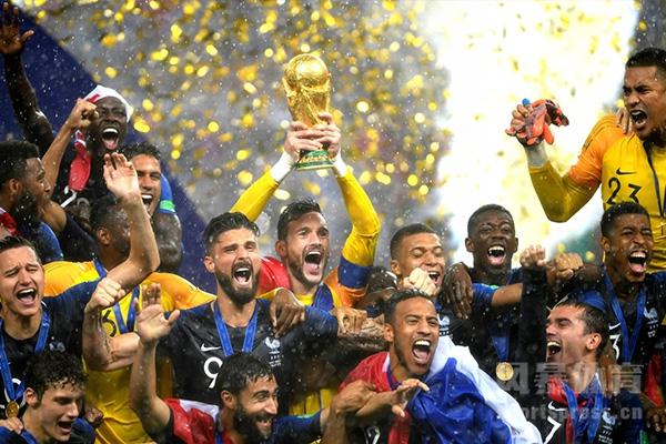 18年世界杯法国队强势夺冠