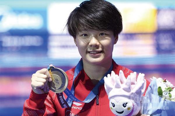 现中国跳水队一姐施廷懋