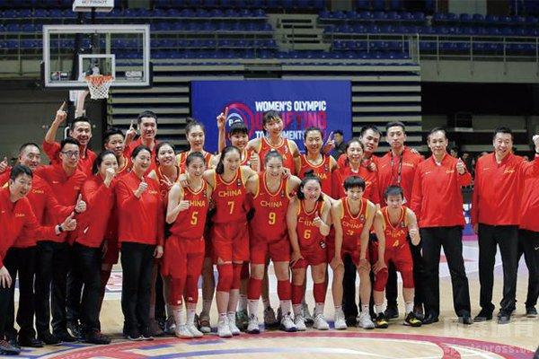 中国女篮合影