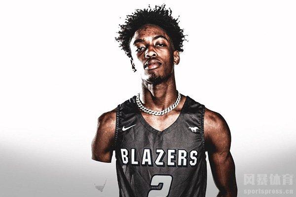 韦德儿子篮球水平如何?韦德儿子全美排名多少?