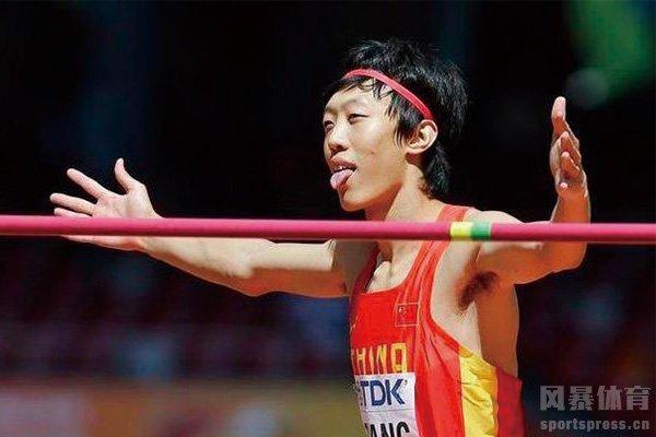 张国伟曾是国内最好的跳高运动员