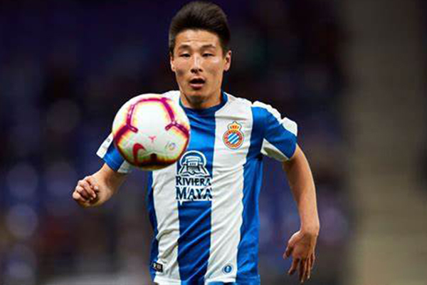 盘点武磊在西甲进球集锦!武磊可是首位攻破巴萨球门的中国人!