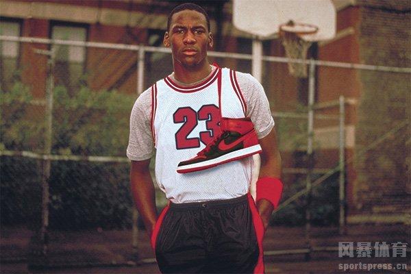 高中时期乔丹身高一度只有1.75米