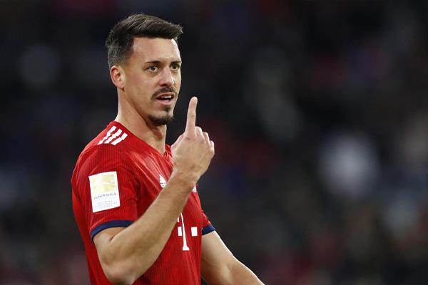 瓦格纳是天津泰达前锋,拜仁青训出身,但是在拜仁表现不佳,效力过不莱梅、柏林赫塔和霍芬海姆,2017年底回归拜仁,为拜仁出战30场打进10球,非常有实力的一名前锋