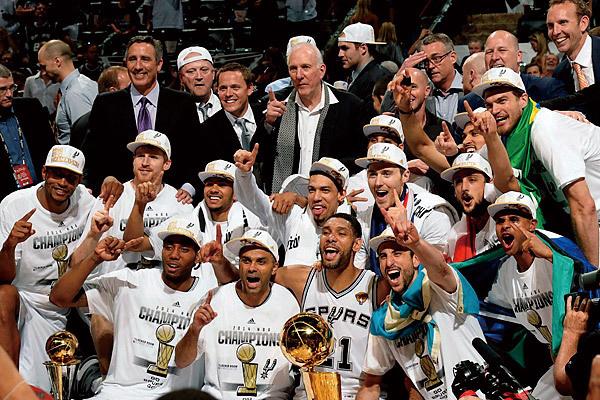 2014年NBA总决赛詹姆斯怎么输了?2014年NBA总决赛莱昂纳德数据如何?