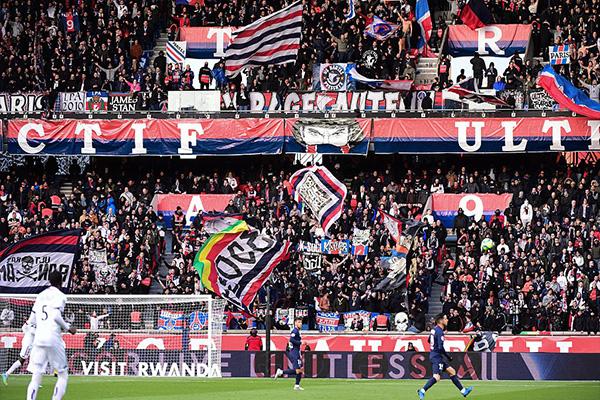 4月28日,法甲宣布本赛季正式结束,按照目前积分榜,巴黎圣日耳曼直接获得冠军