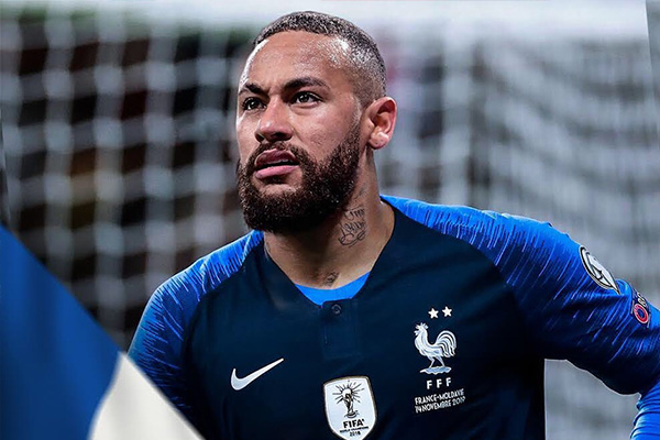 本来就是超强的法国队,内马尔要在为法国队效力,那么法国一直能称霸到这批巨星退役