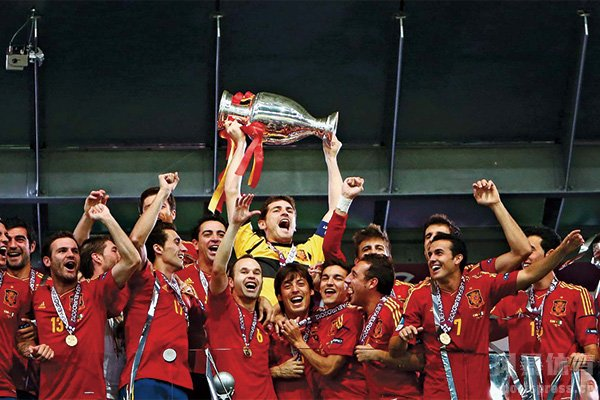 2012欧洲杯决赛回顾 西班牙4-0完胜意大利夺冠