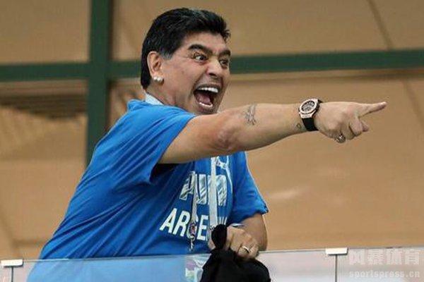 马拉多纳是阿根廷足球的超级英雄