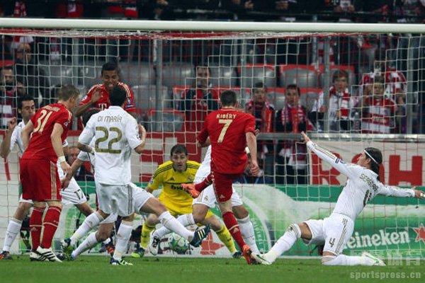 皇马在欧冠基本都是力压拜仁