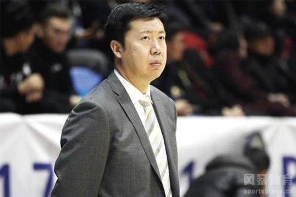 现任八一男篮主教练王治郅