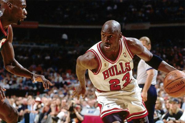 NBA谁拿的得分王最多?NBA得分王次数排行榜
