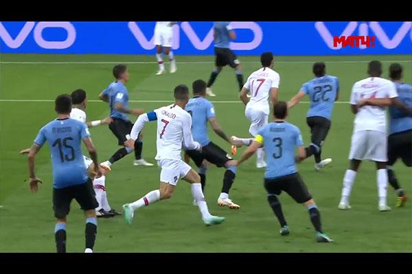 苏亚雷斯和卡瓦尼精彩的配合!卡瓦尼梅开二度淘汰葡萄牙!