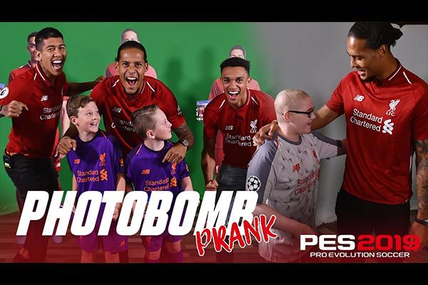 <b>利物浦球员给小朋友送惊喜!范戴克和菲尔米诺好有爱!</b>