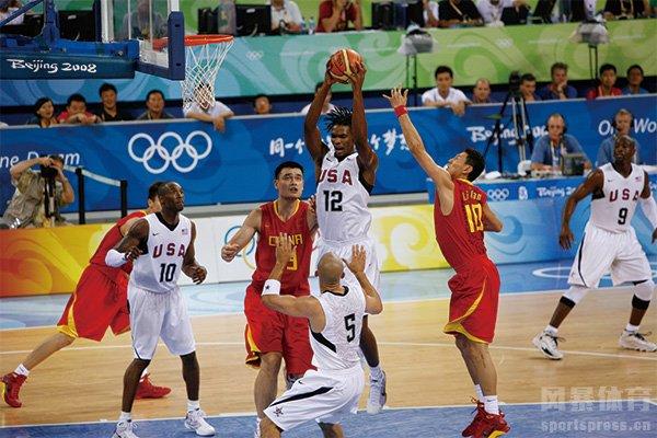 中国男篮对美国男篮