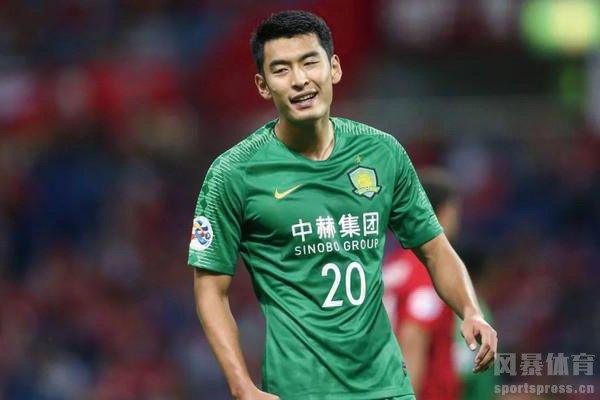 青岛球迷投诉北京国安球员势利眼!王子铭为什么被投诉?