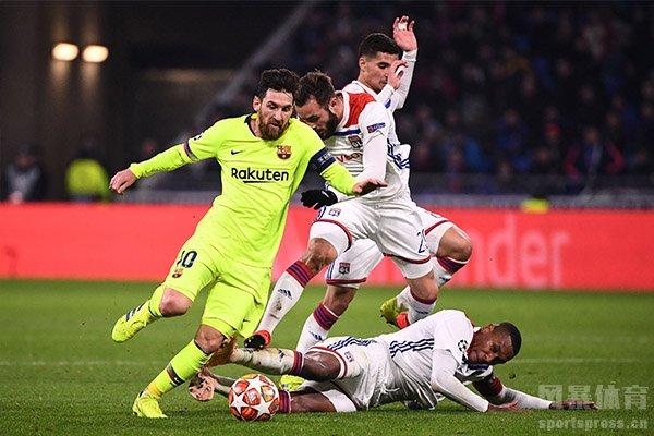里昂在欧冠中还是处于落后的状态