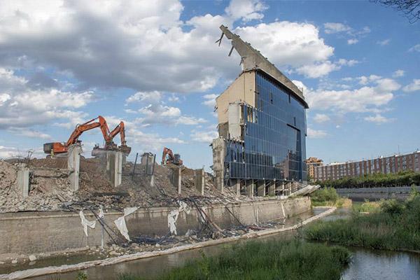 马德里竞技前主场已经过去 卡尔德隆球场正在被拆除