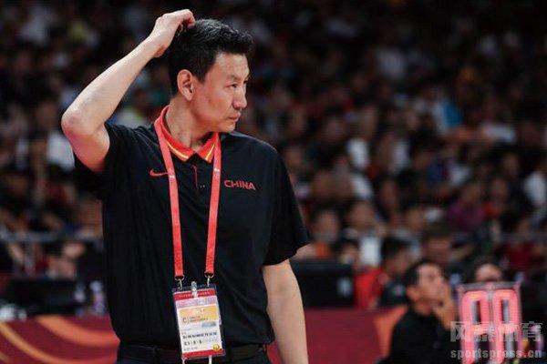 前中国男篮主教练李楠再出山 李楠将执教CBA球队
