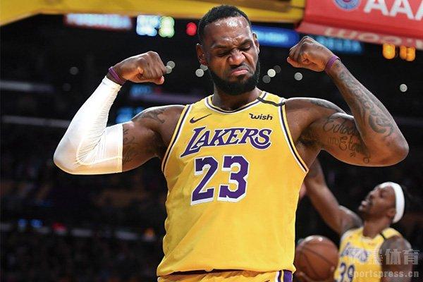 詹姆斯高居NBA季后赛历史得分榜第一