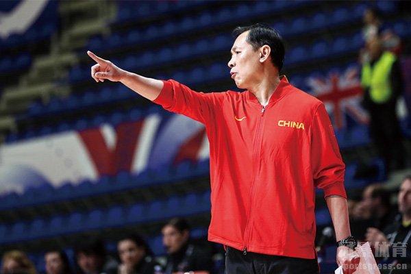 中国女篮教练许利民