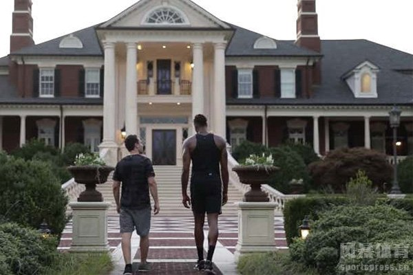 NBA球星豪宅有多豪华?来看看德怀特-霍华德的大豪宅吧