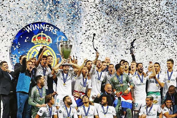 17/18赛季皇马的欧冠三连冠,这也圆了皇马的十三冠之心