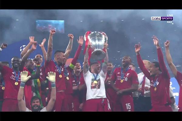 <b>利物浦获得18/19欧冠冠军!盘点利物浦的颁奖仪式!</b>